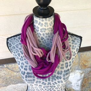 Ganz Style 101 Looped Infinity Scarf